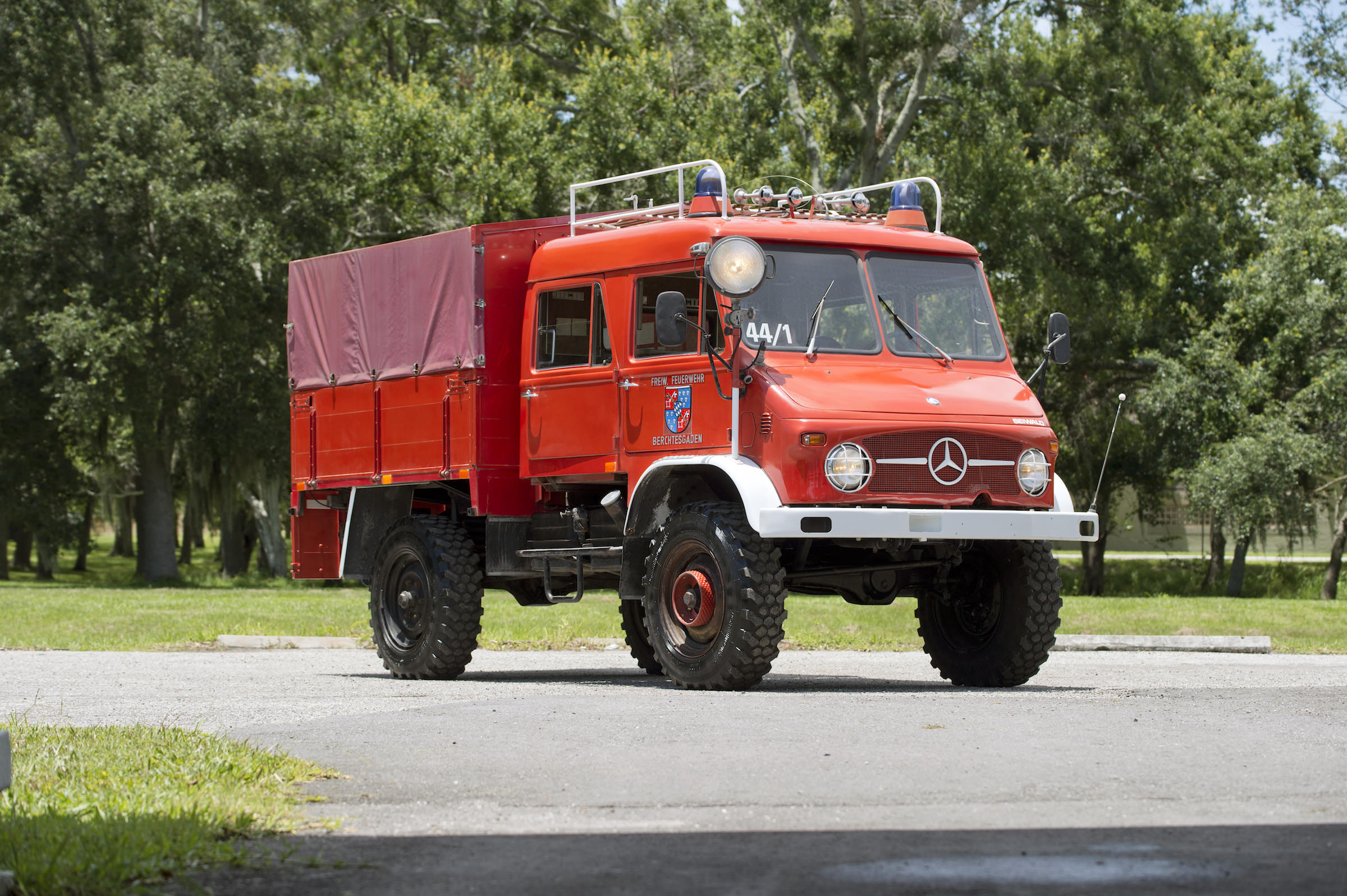 1968 Mercedes Benz Unimog 404 Mountain Rescue Fire Truck
