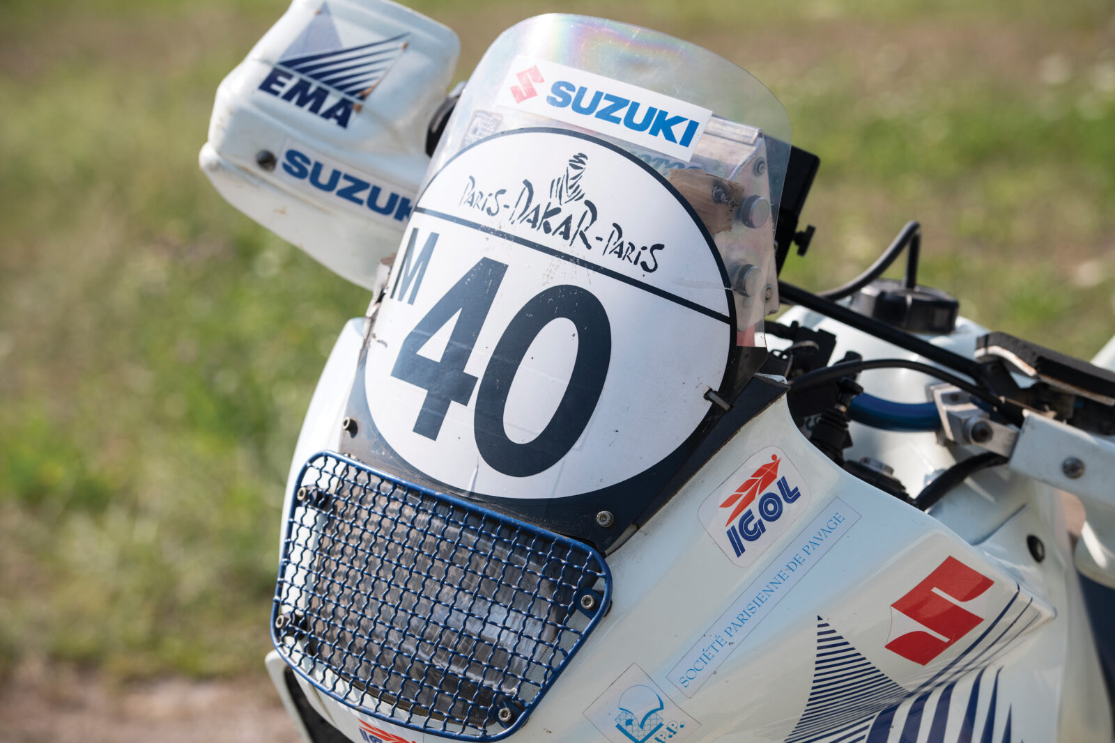Suzuki DR650 Paris-Dakar Rally Front