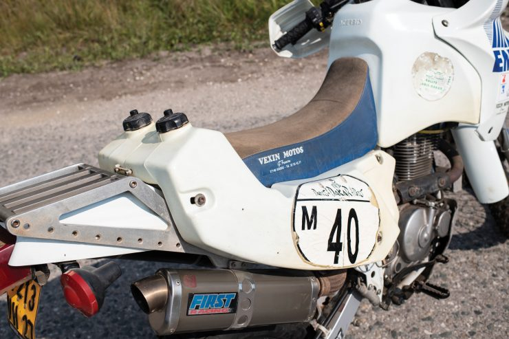 Suzuki DR650 Paris-Dakar Rally Seat 2