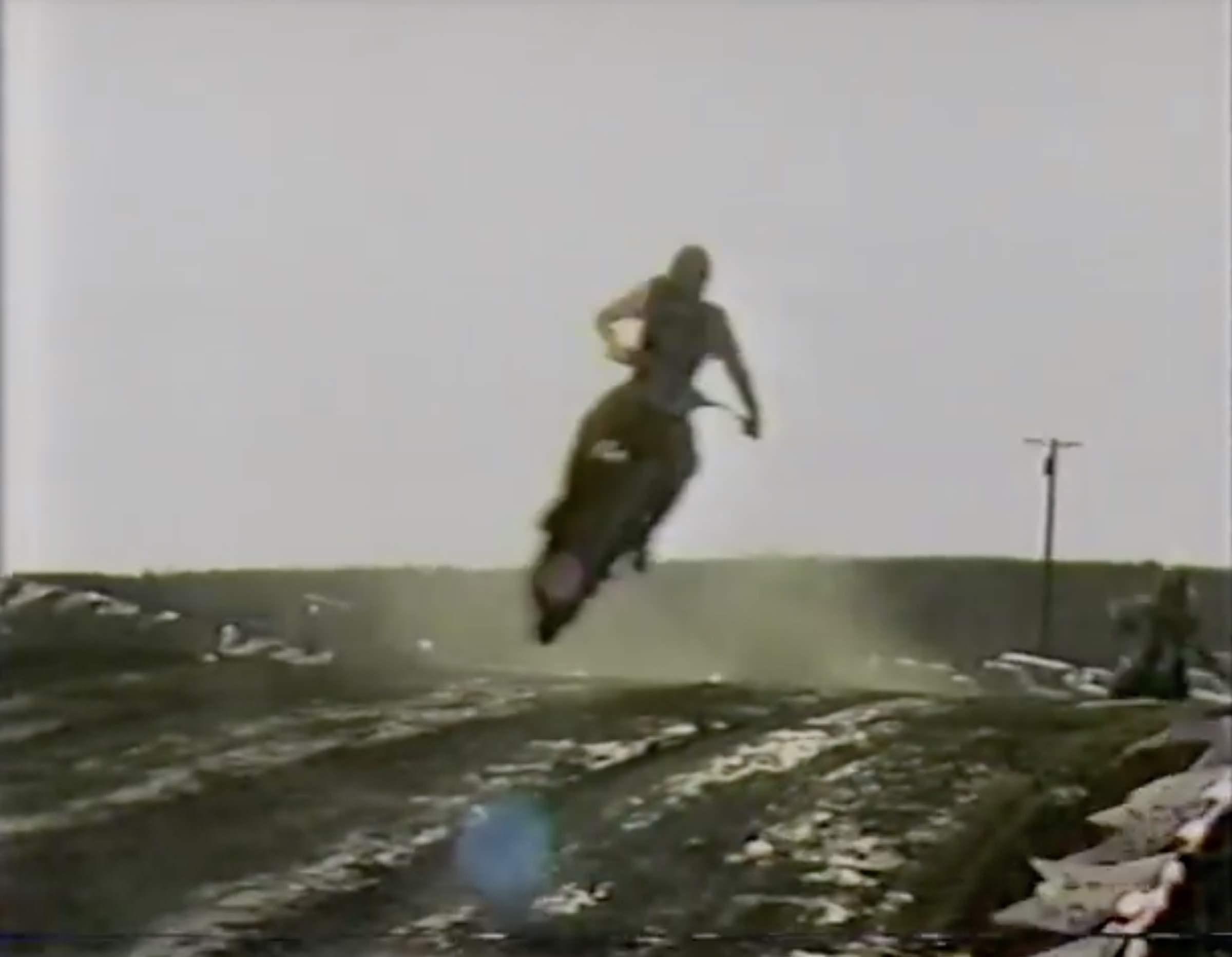 1982 SuperBikers Race