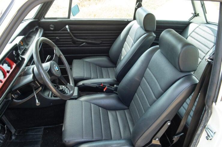 BMW-2002-Turbo-Interior-3