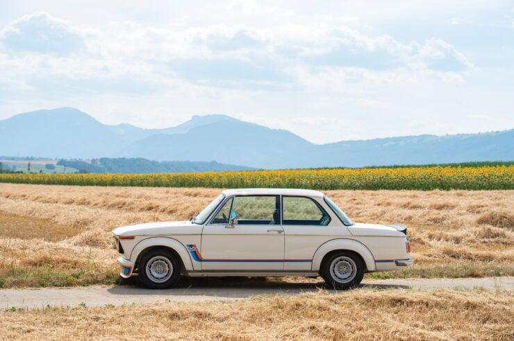 BMW-2002-Turbo-Side