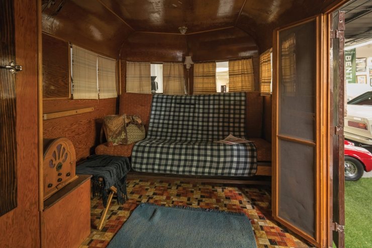 Covered Wagon Company Camping Trailer Interior 4