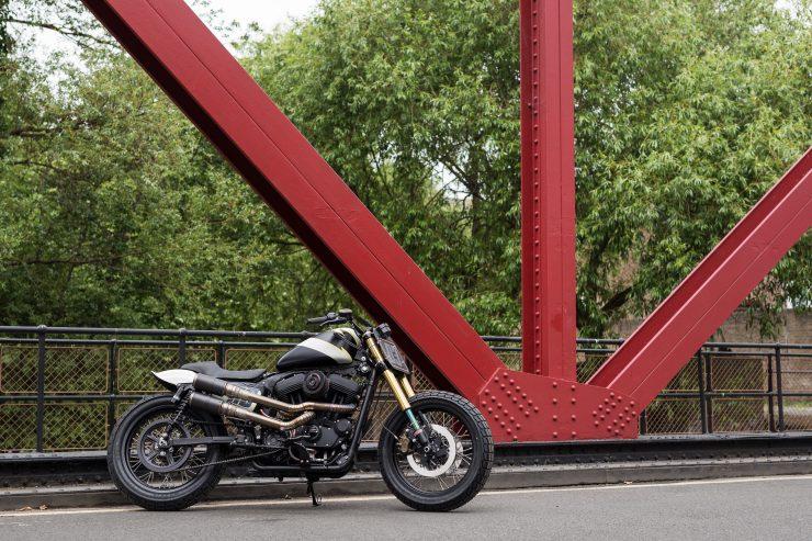 Harley-Davidson Flat Street Tracker 3