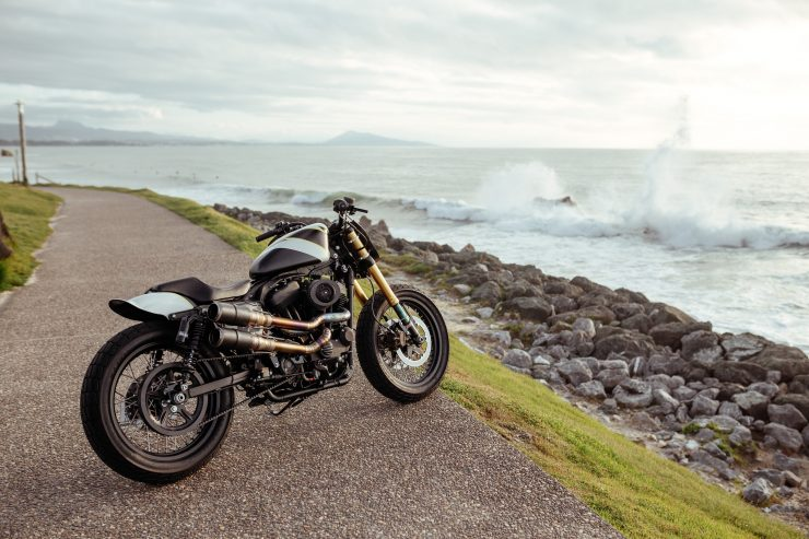 Harley-Davidson Flat Street Tracker 5