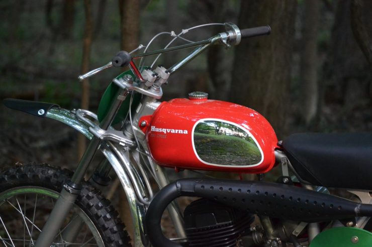 Husqvarna 250 Cross Red Tank