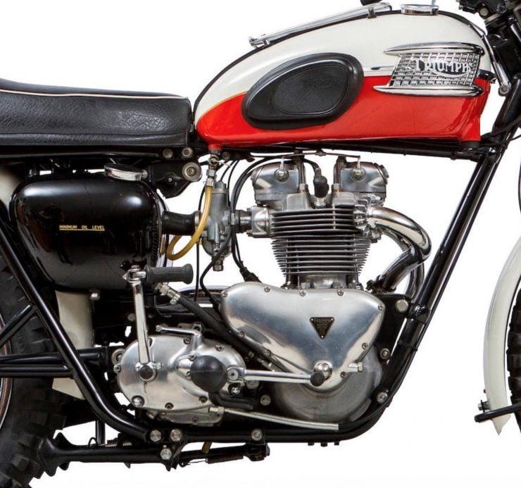 Triumph TR6 Trophy Engine 2