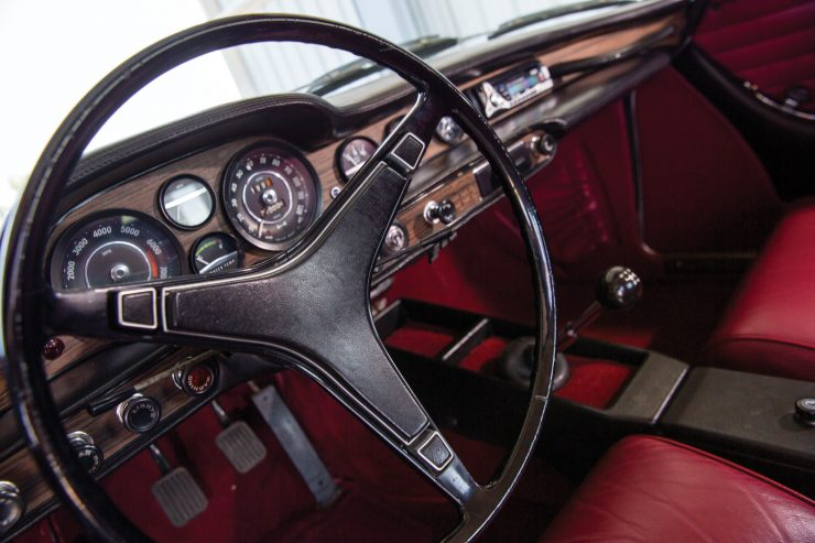 Volvo-P1800E-Car Steering Wheel