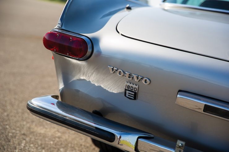 Volvo-1800E-Car Tail Light