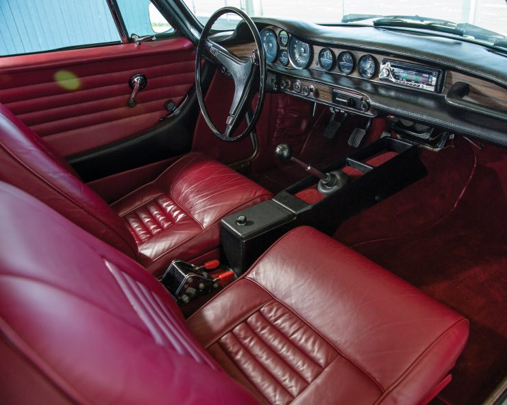 Volvo-1800E Seats