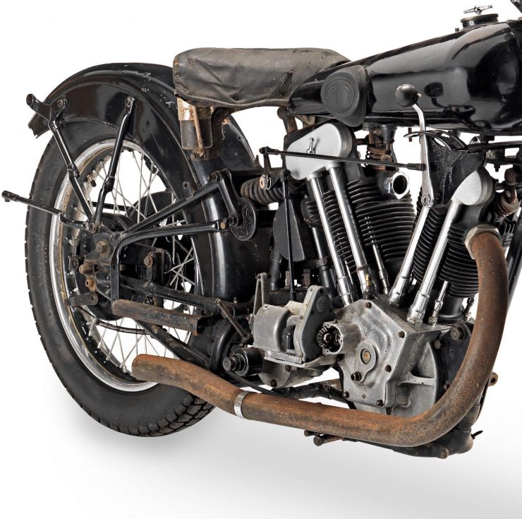 Brough Superior SS100 JAP Engine 2