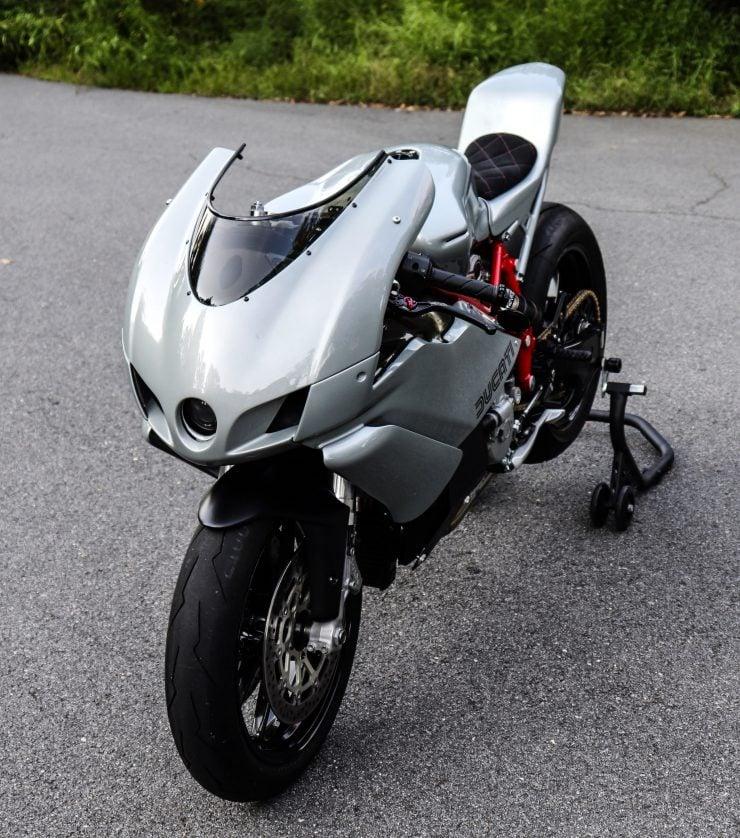 Ducati 749 Custom 3