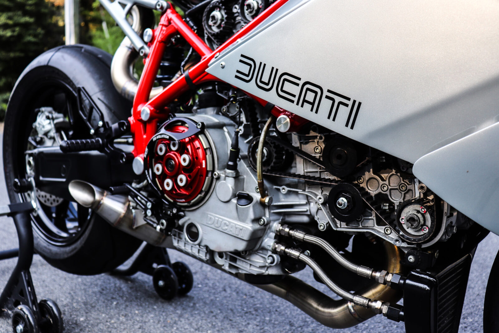 The Jett Design x Motorelic Ducati 749 Custom Racer