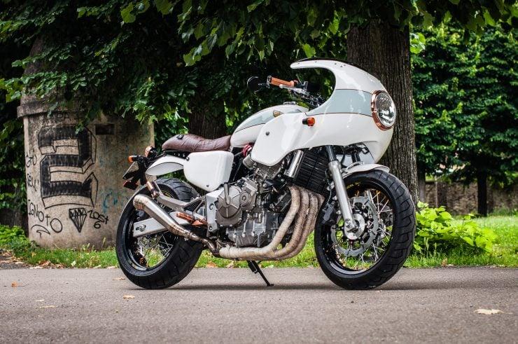 Honda Hornet CB600F Custom