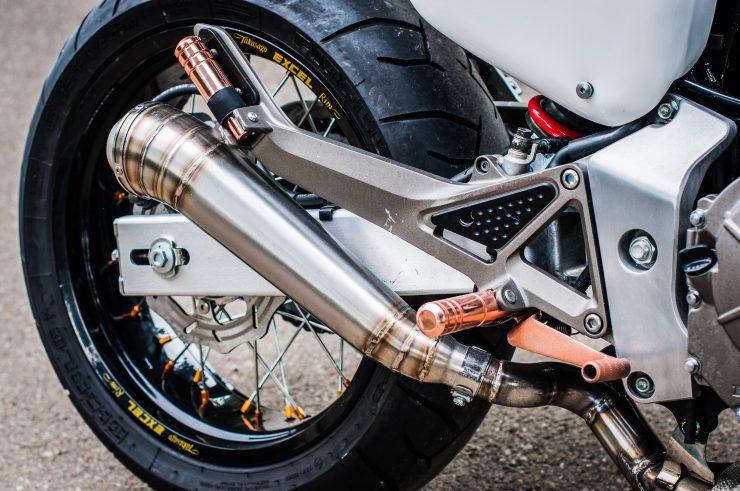 Honda Hornet CB600F Custom Exhaust