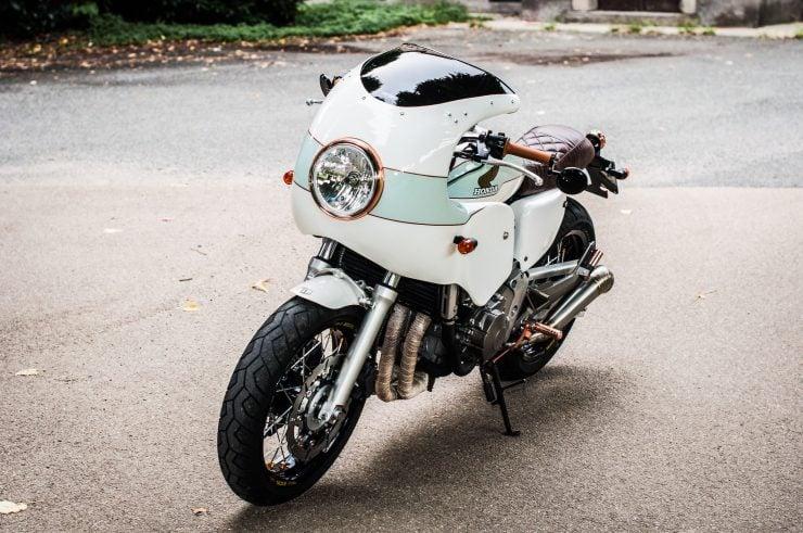 Honda Hornet CB600F Custom Front