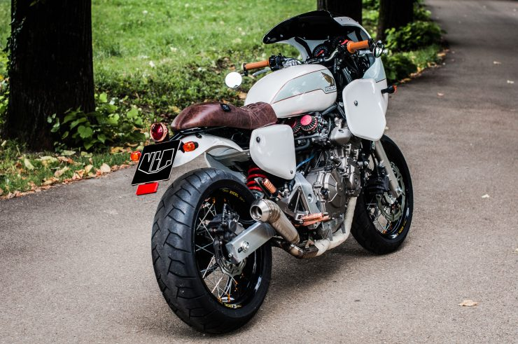 Honda Hornet CB600F Custom Rear