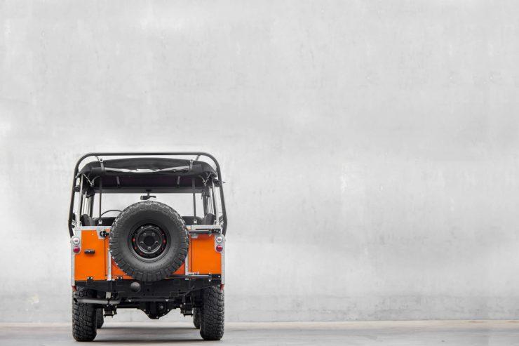 Land Rover Stage 1 V8 Back