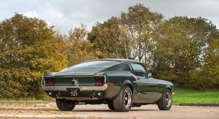 Ford Mustang Bullitt Back 4