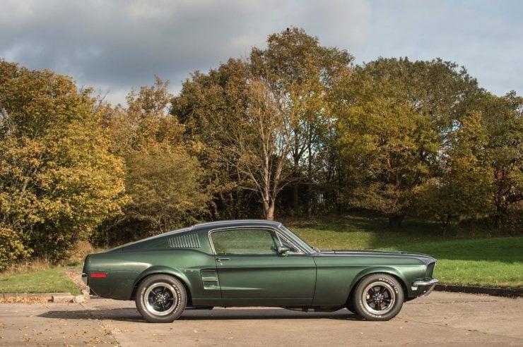 Ford Mustang Bullitt Side