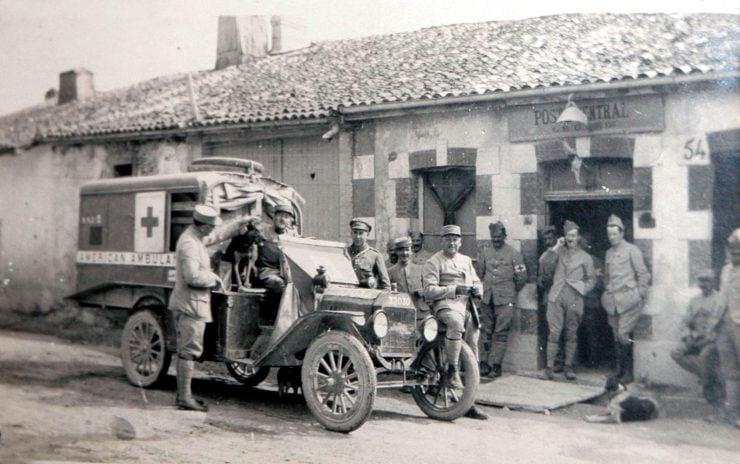 Ford Model T American Ambulance World War 1