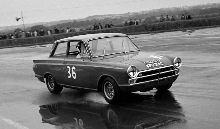 Alan Mann Racing Lotus Cortina Mk1 3