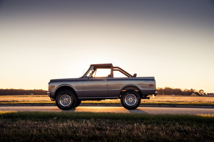 Chevrolet K 5 Blazer Side 740x493 - The Ringbrothers Chevrolet K5 Blazer - A 430 BHP Classic Off-Roader