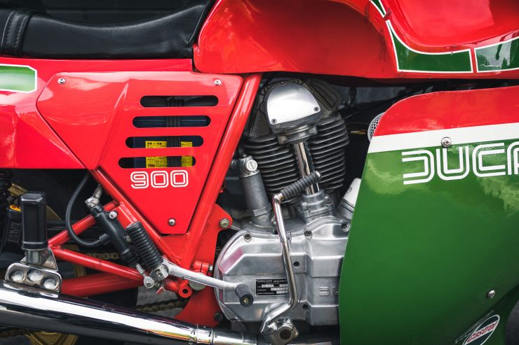Ducati 900 Mike Hailwood Replica Engine