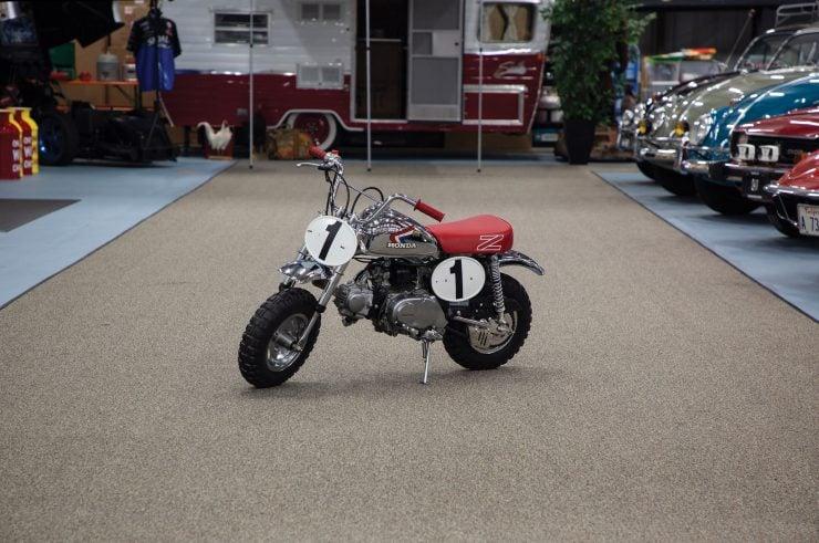 Honda Monkey Z50R 740x491 - Honda Monkey Z50R - The Fastest Version Of The Original Monkey