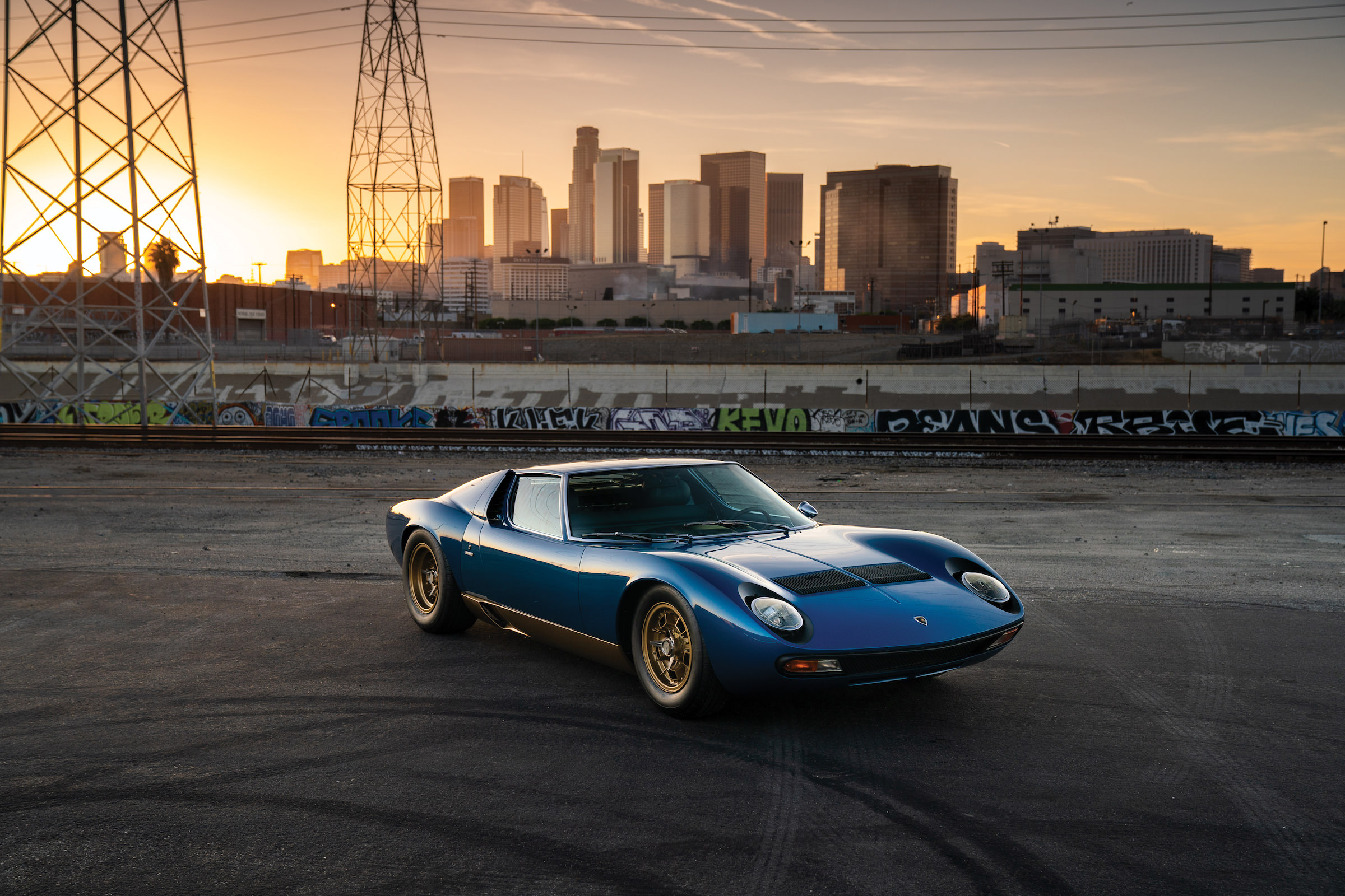Lamborghini Miura P400 Sv The Godfather Of All Modern Supercars