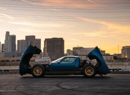 Lamborghini Miura P400 SV Open Hood & Trunk