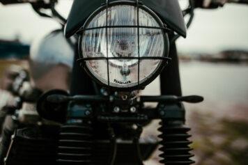 Yamaha XJR1300 Headlight