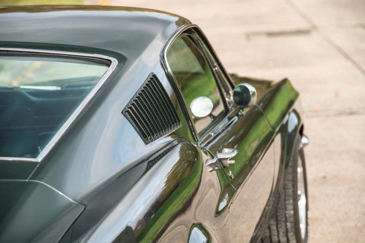 1967-Ford-Mustang-Bullitt-Fastback-1600x1065