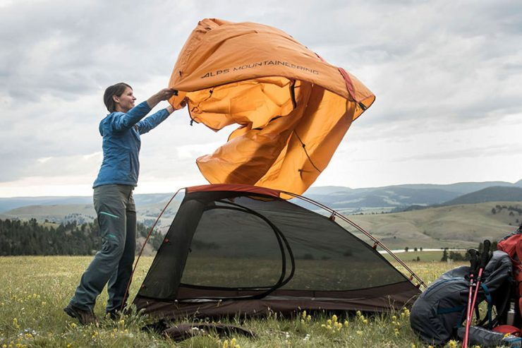Alps Mountaineering Zephyr 1 Person Tent Set Up