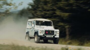 Armed Forces Rally in Land Rovers 1