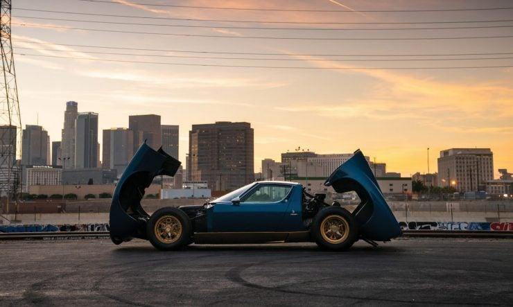 http://silodrome.com/wp-content/uploads/2018/12/Lamborghini-Miura-P400-SV-Open-Hood-Trunk-1600x957.jpg