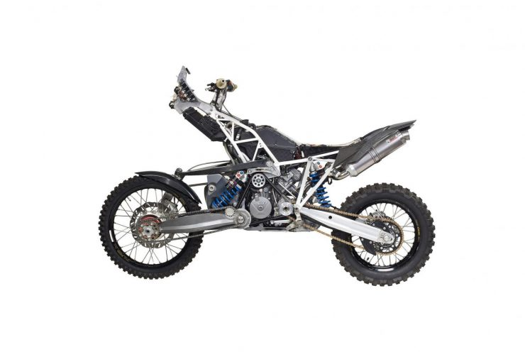 Projekt-DT-A-KTM-990-Adventure-Two-Wheel-Drive-1600x1072