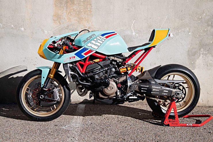 Custom Ducati Monster 1