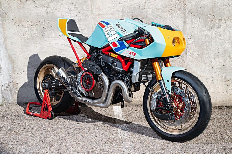 Custom Ducati Monster 11