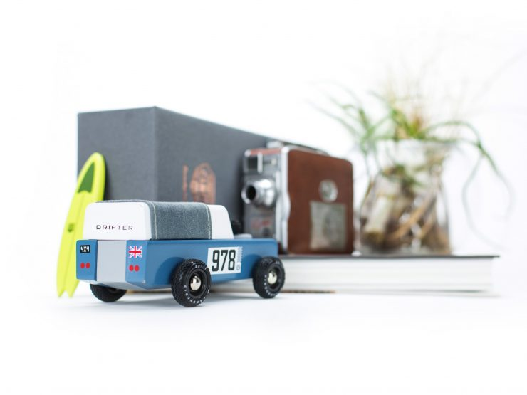 House of Candy Drifter Land Rover Wooden Car 4