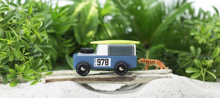 House of Candy Drifter Land Rover Wooden Car 5