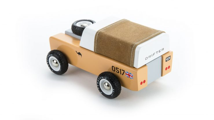 House of Candy Drifter Land Rover Wooden Car 8