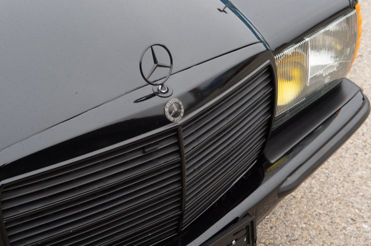 Mercedes-Benz 500 TE AMG Grill