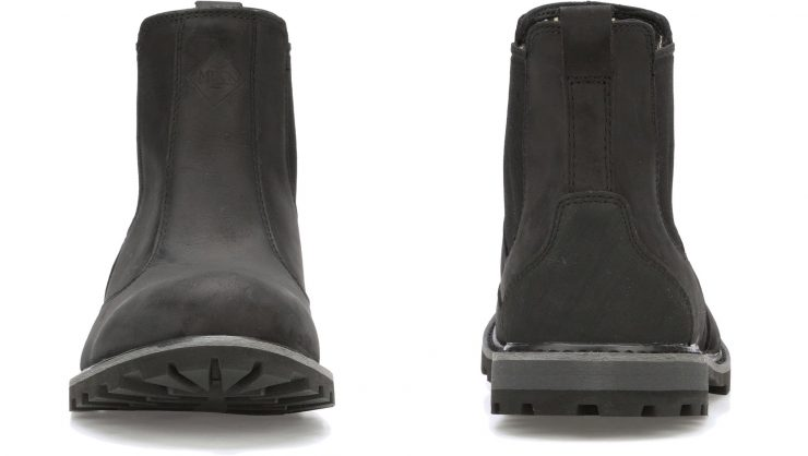 Muck Boot Waterproof Chelsea Front and Back