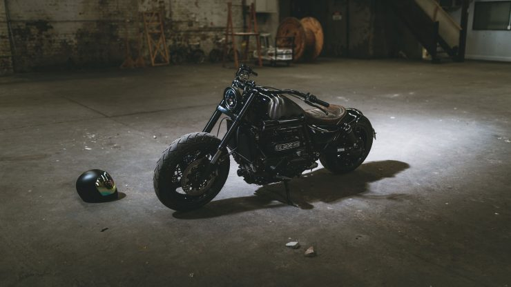 Triumph Rocket III Custom 9