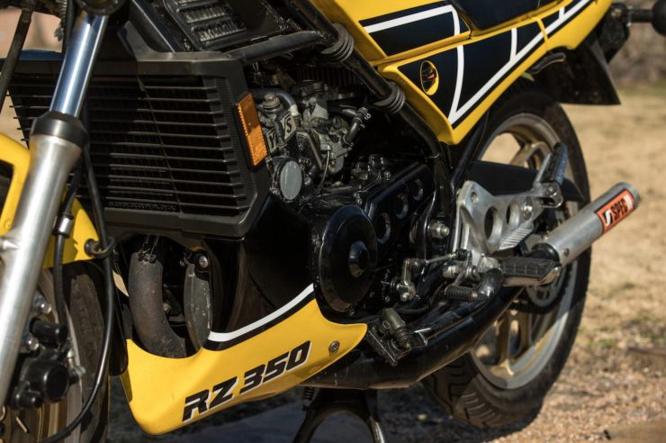 Yamaha RZ350 Kenny Roberts Edition Engine 2