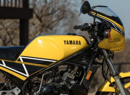 Yamaha RZ350 Kenny Roberts Edition Main