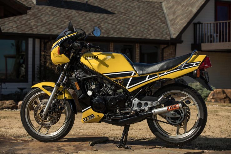 Yamaha RZ350 Kenny Roberts Edition Side