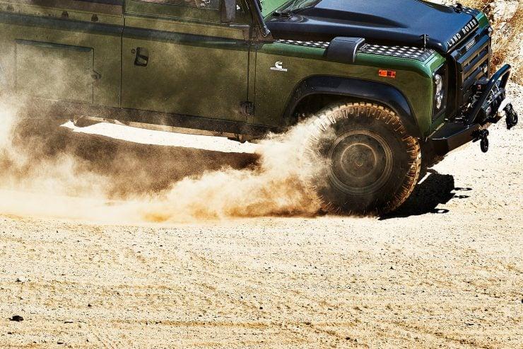 Anvil Land Rover Defender 5