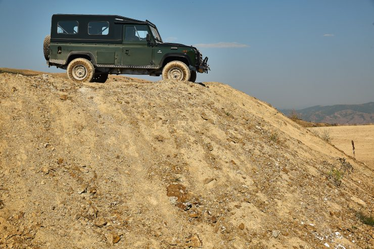 Anvil Land Rover Defender Offroad 1
